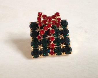 Beautiful Green And Red Rhinestone Christmas Present Brooch ~ Holiday Jewelry ~ Fine Vintage Jewelry  ~ Stocking Stuffer Ideas