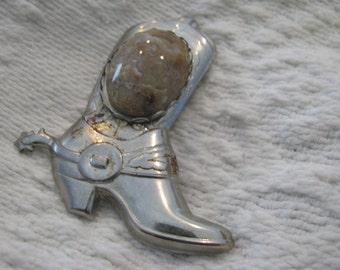 1970s boot bolo finding, with quartz stone cabachon