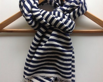 Navy and white wool and cotton Stripe scarf wraps scarves- Navy scarf for  men's or women - fall winter accessories- chunky scarf wool