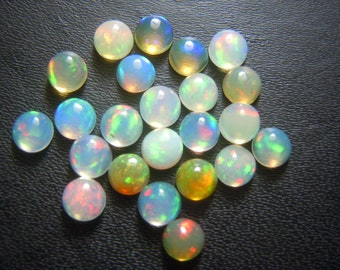 Opal Cabochon Ethiopian Welo Opal Cabochon 4X4MM Round  300 Pc Super Top AAA High Quality Strong Fire  wholesale Price