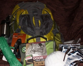 Family emergency survival pack. Family of 4 emergency survival pack.