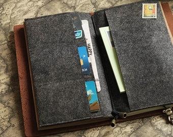 Felt Card Holder for Midori Travelers Notebook // Credit Card Holder // Card Organizer // Leather Journal Accessories