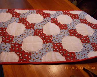 winter snowball block hand quilted table runner