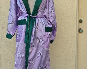Japanese Geisha Embroidered Kimono-Reversible-Silk Satin//Duster Jacket//Ankle Length//Green//Lavender//Avant Garde//Boho-Small Medium Large