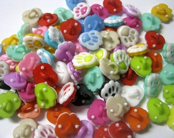 30 Paw Animal Shank Resin Buttons, 13x12mm, Sewing, Kid Crafts, Crafts