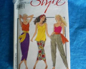 Style 1748 pattern Misses size 8-18.