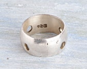 Chunky Silver Band Ring - Size 8 - Vintage Wide Wedding Band ring with cut out Circles