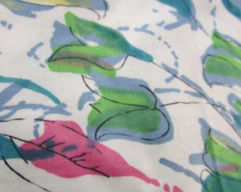 Vintage  White with Blue, Pink and Green Floral Design Fabric, Vintage Cotton Fabric, Vintage Textiles, Vintage Material