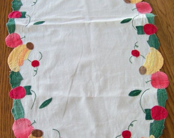 Vintage Applique Fruit Table Runner / Fruits Shapes / Hand Made / Kitchen Table Runner / Banana / Peach / Apple / Cherry / Fruit Salad