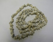"""White Turquoise Howlite Nugget Natural Gemstone Crystal Mineral 35"""" Strand Necklace"""