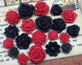 20x Resin Flower Cabochons - Black/Red