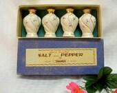 Thames salt pepper set of 4 vintage rosebud shakers in original box