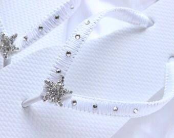 White bridal flip flops, white wedding flip flops, white sandals, white slippers, beach wedding sandals white bridal shoes