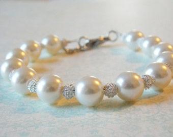 Bridesmaids Jewelry Bracelet Silver Pearl Bracelet Simple Bridesmaids Bracelet Chunky Pearl Bracelet Bridesmaid Pearl Jewelry Large Pearls