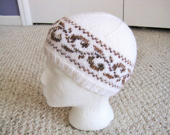 SALE Handmade Knitted Beanie (kid size)