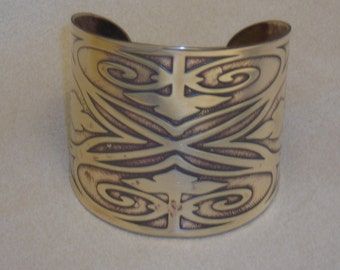 """Steampunk Jewelry - Handmade Victorian Leaf Gate Design Cuff Bracelet Etched in Brass - made for 6"""" wrist - Ready to Ship"""