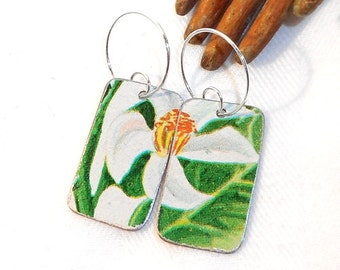 Recycled Tin Earrings, White Tropical Begonia Flowers from old Serving Platter, Pretty Flowers make Eco-friendly eAr ArT!