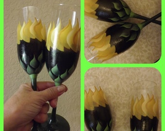 Bride and Groom Sunflower Toasting Glasses (Ready to Ship)