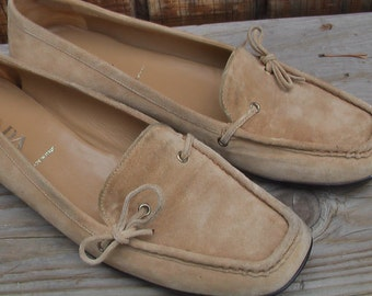 Vintage Designer Prada Shoes Suede Leather Moccasin Loafer Shoes  Size 40  Italy Calzature Donna Scamosciato Size 9 US