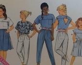 Butterick 5617 Mädchen nähen Hosen Muster, Rock Muster, Muster, Top Muster, ungeschnittenen unbenutzte Vintage Muster Größe 12.