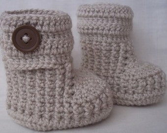 Crochet baby booties for newborn, 0 to 3 month or 3 to 6 months- CHOOSE your SIZE and COLOUR