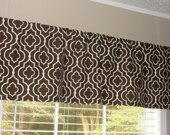 """Swavelle Mill Creek Donetta Designer Valance 50"""" wide x 16"""" long Big Bold Leaves Lined or Unlined Brown White"""
