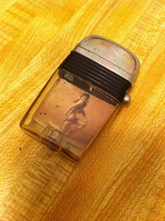 Vintage SCRIPTO VU-lighter with ORIGINAL Packaging