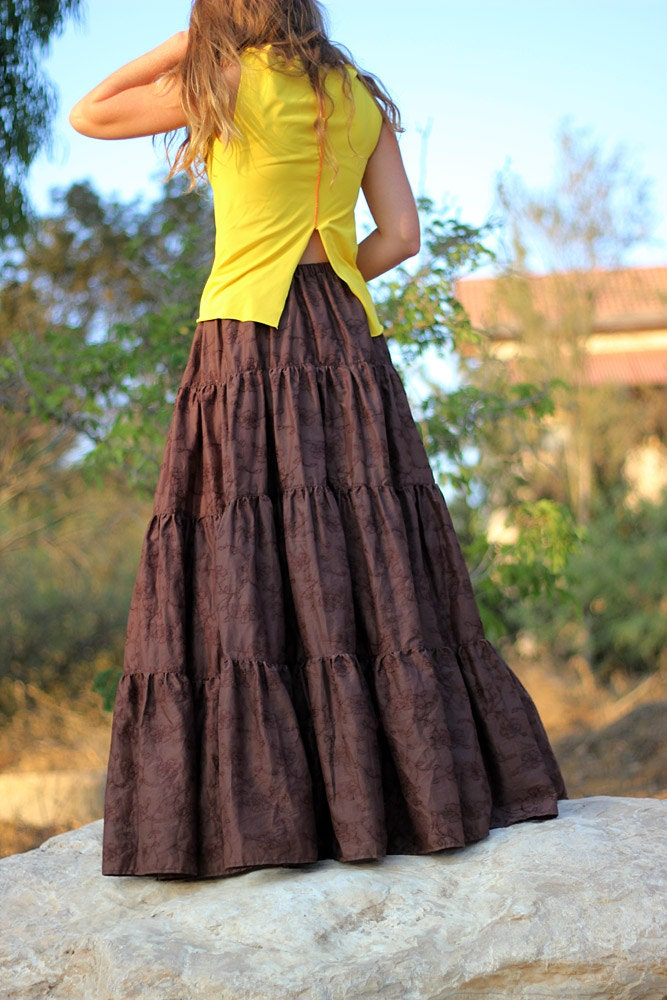 long brown skirt for tall women tiered maxi skirt boho. Black Bedroom Furniture Sets. Home Design Ideas