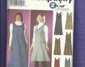 Simplicity 5917 Casual V & Scoop Neck Jumers or Sun Dresses Size XXS..XS.S Uncut