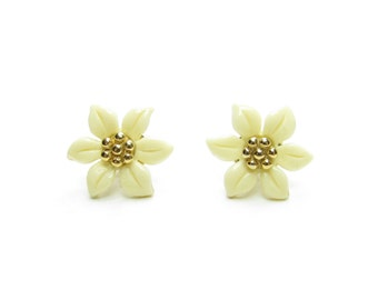 Avon Poinsettia Earrings Vintage White Plastic Flowers with Interchangeable Posts for Christmas, Holidays