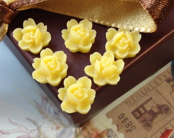 12 mm Yellow Colour Orchid Resin Flower Cabochons (.tu)