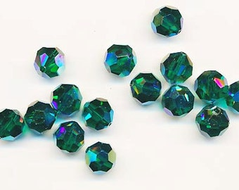 Twelve Swarovski crystals - Art. 5000 - 10 mm - emerald AB 2X