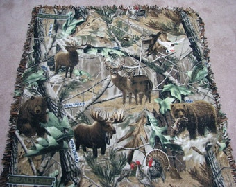 Fleece Blanket, Couch blanket, wildlife blanket, sofa blanket, blanket, Throw Blanket, Realtree Camouflage, Wildlife lap blanket, Hand Tied