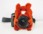 Crochet camera buddy, fox cheerful photographer friend, focus attention of child, kids baby photography prop, ginger red fox