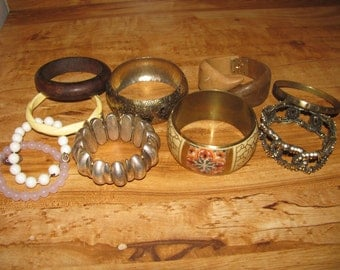 Destash Craft Lot of Vintage Bracelets For Creating Jewelry Or Resale
