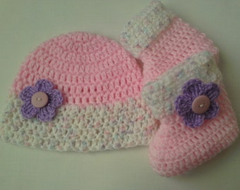 Crochet Baby Hat and Baby Booties Set beanie gift baby shower photo prob
