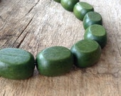 "16"" Strand 20x17mm Green Wood Beads - Oval Flat, Jewelry Making, DIY, Craft Supplies, Jewelry Supplies"