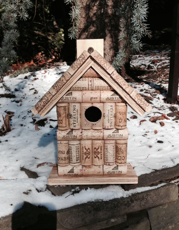 Bouchons en li ge et maison d 39 oiseau bois nichoir en bois - Repulsif oiseaux fait maison ...