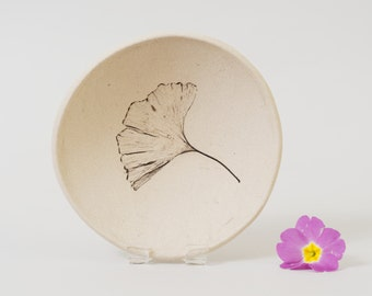 Modern Minimalist Ceramic Bowl ~Ginkgo Leaf Ring Dish Leaf Bowl Trinket Dish ~Ginkgo Pottery Leaf Dish Pottery Serving Bowl Botanical Nature