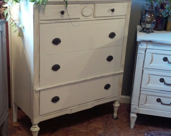 Shabby Chic Painted Cottage Dresser