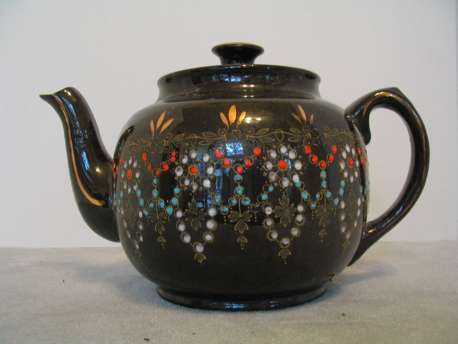 Vintage 1940 39 s made in england brown teapot with hand for Mode in england