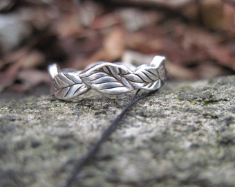 Leaf Ring Size 8 Handcrafted Sterling Silver