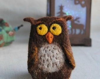 Owl brooch, felt bird brooch rustic fall decor, needle felted brooch, animal pin, Animal jewelry, owl woodland brooch jewelry