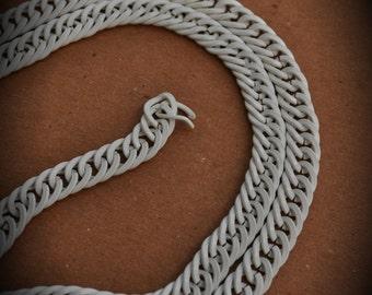 24 Inch White Enamel Chain