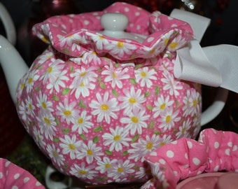 Pink and White Daisy Polka dot Tea Cozy - Lrg - Fits 5 - 6 cup Teapot