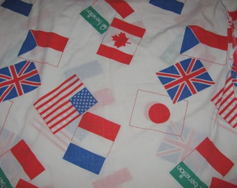 Vintage United Colors of Benetton Fitted Twin Sheet and Pillowcase - Set of 2 - International Flags