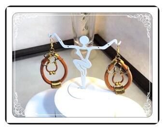 Rockabilly Leather Earrings  - Vintage  Dangling Pierced Brown Earrings - E3315a-063013000