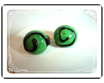 Pop-Art Clip-On Earrings - Green Fused Glass     E135a-04081200