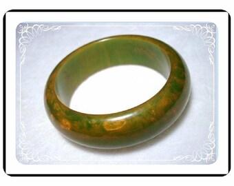 Mottled Bakelite Bracelet - Vintage Stunning Heavy Green/Gold   Brac-1830a-45100000