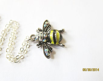 Sale -Bee necklace - Honeybee jewelry -  Flower and Busy Bee  necklace.  Botanical jewelry, Pendant   Free Shipping  Worldwide